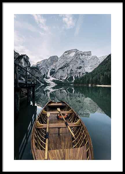 Boat in a Lake Poster in der Gruppe Poster / Naturmotive bei Desenio AB (11109)